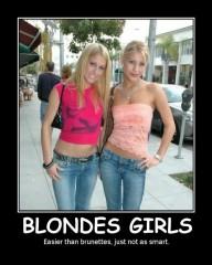 Blondes Girls