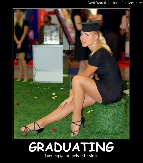 Graduating Blonde - Best Demotivational Posters